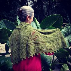 Ravelry: Diamantina Shawl pattern by Aloisio santos