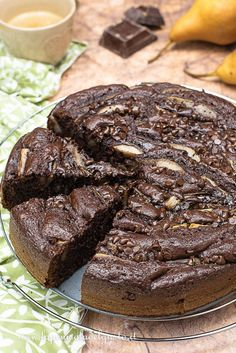 "Acquire excellent suggestions on ""entertainment earth"". They are actually available for you on our site. Nutella, Raspberry Coffee Cakes, Fresh Fruit Cake, Cooking Chef, Sweet Cakes, Food Plating, Cookie Recipes, Cupcake Cakes, Bakery"