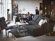 Highland 3-sits soffa med schäslong och cosyhörn i tyg Natura mullvad från Mio.