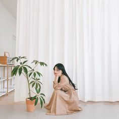 Have a great weekend, everybody. Korean Beauty, Asian Beauty, Pretty Korean Girls, Pretty Girls, Half Korean, Beige Aesthetic, Fashion Photography Poses, Seohyun, Ulzzang Girl