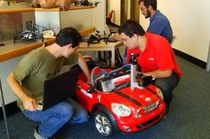 Students create smartphone-powered driverless car | Crave - CNET