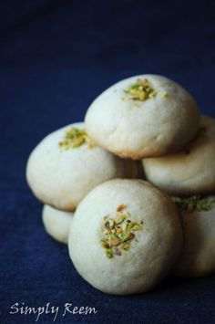 Indian twist on a classic holiday treat. Cardamon, saffron and pistachio take everyone's favourite shortbread cookies to new heights.