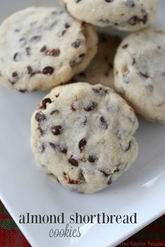 Mom's Almond Shortbread Cookies - The Taylor House