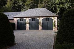 Garages en bois https://www.chaletdejardin.fr/