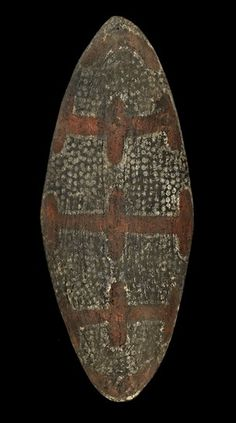 The front of one of a pair of Aboriginal shields from Nowra, NSW Displayed at the London International Exhibition, Entered by Henry Moss. Purchased by Henry Christy after the exhibition. Both were later gifted to the British Museum. Australian Aboriginal History, Red Bar, Aboriginal Painting, Aboriginal Culture, Out Of The Woods, Museum Displays, African Masks, Ocean Art, Ancient Artifacts