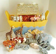 Hierloom Wooden Noah's Ark
