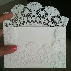 Cute envelopes made out of paper doilies- would be nice for sending thank-you notes. Doilies Crafts, Paper Doilies, Arts And Crafts, Paper Crafts, Diy Crafts, Doily Invitations, Diy Envelope, Scrapbook Cards, Scrapbooking