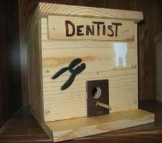 nichoirs du web Oeuvre D'art, Bird Houses, Toy Chest, Images, Storage, Toys, Furniture, Home Decor, Woodworking Joints