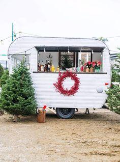 Backyard BAR -★- caravan