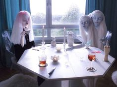 At home on a cold winter morning; me merged with Red while having tea with Manic and our imaginary friends. The amazing has created this clever and beautiful portrait and you will be inspired when diving into his work! Ooak Dolls, Art Dolls, Digital Photography, Portrait Photography, Dreams And Nightmares, Pop Surrealism, Ball Jointed Dolls, Urban Art, Fashion Dolls