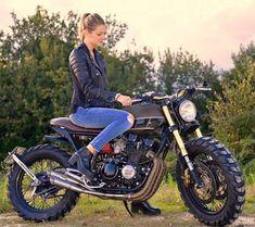Yamaha Scrambler by Entrophy Motorbike – BikeBound Cafe Racer Helmet, Cafe Racer Girl, Cafe Racer Bikes, Cafe Racers, Motor Scrambler, Cafe Racer Motorcycle, Motorcycle Helmets, Lady Biker, Biker Girl