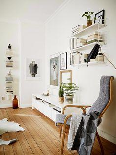 string shelf, yvenge ekstrom chair