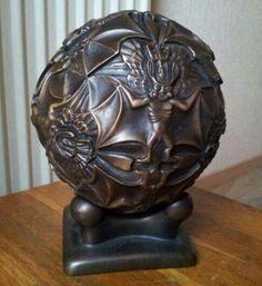 Bronzen sculptuur M.C.  Escher