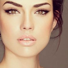 Летний макияж, естественные цвета для карих, зеленых, голубых глаз ...