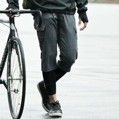 Stretch wool bike pants /  Rin Project ウールカシミヤクロップドパンツ - shopstyle.co.jp