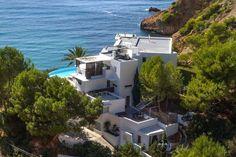 http://www.leotrippi.com/en/luxury-villas/spain/ibiza/ibiz3038.html