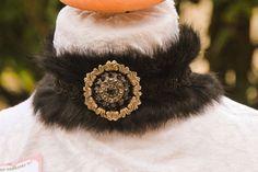 """Collier """"Macha """" tour du cou en fourrure, dentelle estampe cristral : Collier par bijoux-veronica-l"""