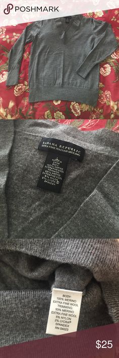 Banana Republic Gray Merino Wool Sweater Banana Republic Extra Fine Italian Merino wool sweater. Used to be a large until it went through the wash. Now it is a XS/S. Worn 1 time! Bad for me. Great for a petite woman. :) Banana Republic Sweaters V-Necks