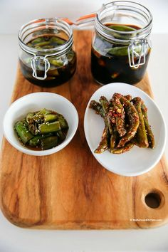How to make Korean style green chilli pickles. Discover the easy and delicious way to use green chillies from here. This will be your new favourite pickles! Best Dishes, Side Dishes, Kitchen Recipes, Cooking Recipes, Veg Recipes, Yummy Recipes, Korean Appetizers, South Korean Food, Korean Kitchen