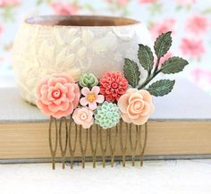 Flower Hair Comb Wedding Hair Accessories Floral Comb Green Patina Leaf Bridal Comb Branch Coral Rose Comb Peach Pink Dahlia
