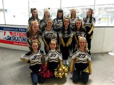 Janesville Jets Hockey Cheer Team in Chassé uniforms