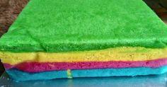 Resep Rainbow 2 telur ny. Liem ekonomis gak seret favorit. Base resep dr ny. Liem, tp banyak modif buat dijual dipasar 1200/pcs modal 500an aja loyang 18x18 jadi 24pcs potong ukuran 2,25 cm. Jual dipasar tradisonal harus putar otak, krna hrga kalau tinggi dikit gak laku, sedangkan rainbow modalnya lumayan, kalau mau ori ny liem berani cm masuk toko kue, gak brani di pasar/ jajanan warung kampung. Nyobain modif nya, ya lumayanlah.. Ada harga ada rupa. Yg jelas gak seperti bolu a...