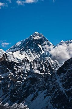 """Window of Opportunity: Everest Climbing Season Underway For a few weeks in May, the jet stream lifts north of the Himalayas, greatly reducing average wind speeds and the chance for precipitation at the top of the mountain.Climbers call the period of calm """"The Weather Window."""""""