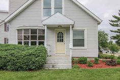 528 Memphis Ave  Madison , WI  53714  - $169,900  #MadisonWI #MadisonWIRealEstate Click for more pics