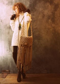 ETSY: Made to Order 60s inspired macrame handbag