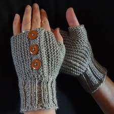 Bilderesultat for strikke Fingerless Gloves, Arm Warmers, Knitting, Fashion, Fingerless Mitts, Moda, Tricot, Fashion Styles, Breien