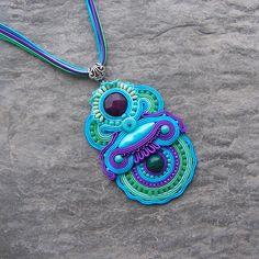 Blog o biżuterii autorskiej, biżuterii sutasz / soutache, biżuterii ślubnej dodatkach ślubnych. Soutache Pendant, Soutache Necklace, Crochet Necklace, Washer Necklace, Brooch, Boho, Beads, Instagram Posts, Macrame