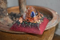 Zakti Medium Orgonite Pyramid with Tektite ~ Orgone Generator, Protection against EMF  /Orgonitefamily