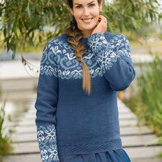 GU-031 Mammarose genser mørk denim – Gullungen Garn Pullover, Denim, Crochet, Fashion, Threading, Moda, Fashion Styles, Sweaters, Ganchillo