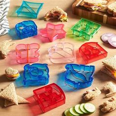 lu coming through with Sandwich Bread Mold Cutters ✪ ✭ These Sandwich Bread Mold Cutters Make Food More FUN! Our fun, child-friendly. Food Cutter, Bread Mold, Sandwiches, Fussy Eaters, Picky Eaters, Love Eat, Childrens Party, Kitchen Colors, Kitchen Gadgets