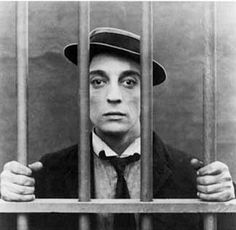 Buster Keaton - one of the holy trinity of Silent film comedians. The other two are Harold Lloyd and Charlie Chaplin.and Harry Langdon.and Fatty Arbuckle Hollywood Stars, Classic Hollywood, Old Hollywood, Hollywood Actor, Hollywood Glamour, Buster Keaton, Physical Comedy, Charlie Chaplin, American Comics