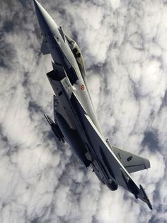 supersonic-youth:  Eurofighter Typhoon