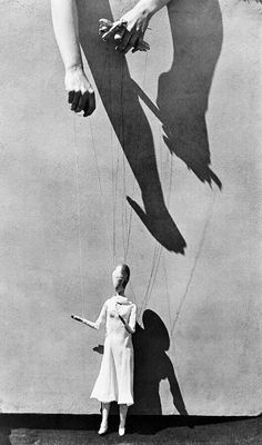 Tina Modotti Pre-determination,control (from above),acting, role-playing. by Tina Modotti – S) Tina Modotti, Willy Ronis, Marionette Puppet, Human Puppet, Edward Weston, Great Photographers, Light And Shadow, Photos, Pictures