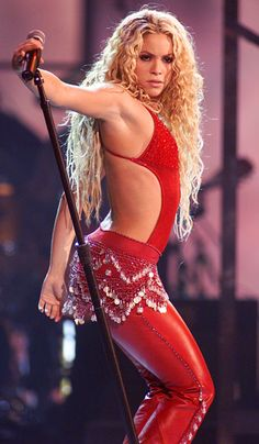 Shakira performs at the Latin Grammy Awards in Los Angeles on September 13, 2000