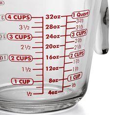 Anchor Hocking Messbecher Pressglas: Stabiler Meßbecher aus dickwandigem Preßglas. Konische Form, mit Ausgießschnaupe. Meßskala in Litern.