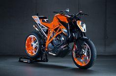 KTM Super Duke 1290 R Concept | Novità | MotoScooterCity.com