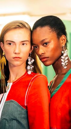 BACKSTAGE, BEHIND THE SCENES, TOMMY TON, LONDON FASHION WEEK, LFW, EARRINGS