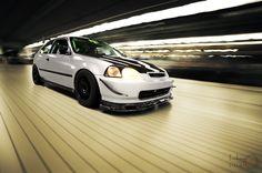Justin's race-ready Honda Civic DX (EK) - The antithesis of hardparking via  joshuadavidfoto.wordpress.com