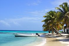 One of the many islands off the Placencia Belize Coast. Snorkel and Scuba Diving. #ScubaDiving #Belize