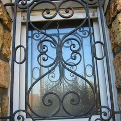 d tails sur grille fenetre ancien fer forg d coration maroc antique iron window morocco. Black Bedroom Furniture Sets. Home Design Ideas
