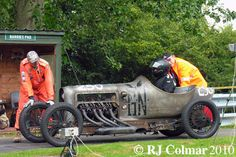 Richard Scaldwell brought together a 1919 wooden GN cyclecar chassis and E T Willows 1908 5112cc / 3111 cui JAP V8 to create the GN JAP Grand Prix special which he races in the Pre 1941 racing car class at VSCC events.