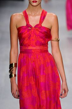 Issa Spring 2013 Ready-to-Wear Detail