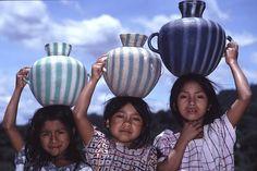 Guatemala - que caritas bellas pero tan sufridas.