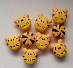 Macarons tigres /  Tiger Macarons