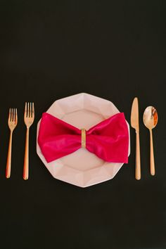 Adorable place setting idea!  Photography: Ruth Eileen Photography - rutheileenphotography.com