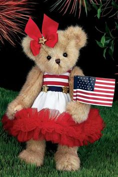 Bearington Bears introduced Starla Spangled waving her flag in the spring of 2014.